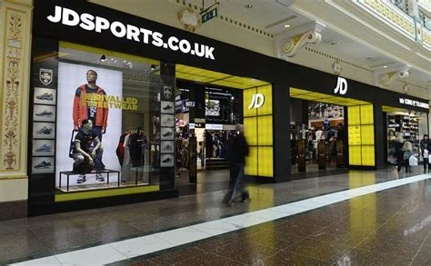 image gallery jd sport in manchester jd sports fashion group plc is in vogue with city broker