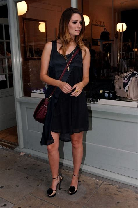 Style Mischa Barton Fabsugar Want Need 6 by Mischa Barton Black Dress Mischa Barton Looks