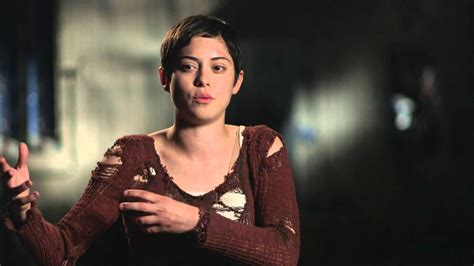 back room couch interview maze runner the scorch trials rosa salazar quot brenda