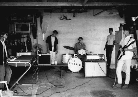 Best Garage Artists by 17 Best Images About 60s Garage Bands On