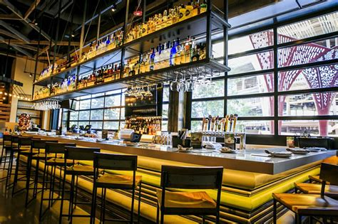 Cali Kitchen by California Pizza Kitchen Goes Big At The Park Las Vegas
