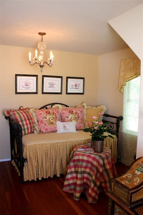 bedroom blogs this homeowner went all out with romantic shabby chic