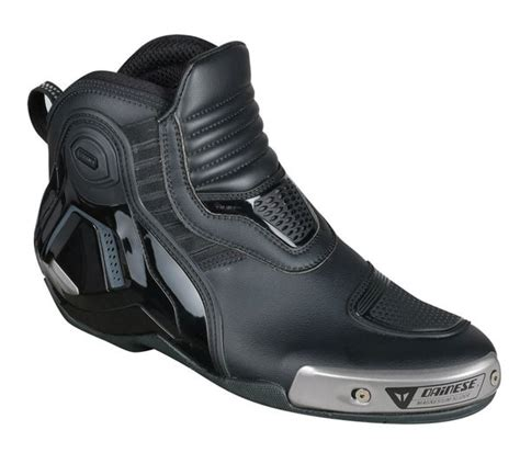dainese dyno pro  motosiklet ayakkabisi siyah beyaz