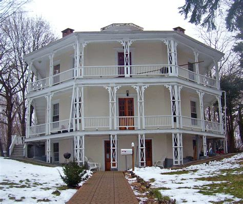 octogon house file octagon house danbury ct jpg wikimedia commons