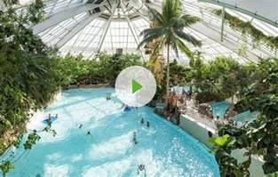 schwimmbad tossens preise erlebnisbad aqua mundo das tropische schwimmbad