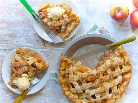 New Pie Challenge Murah apple pie bakealong flourish king arthur flour