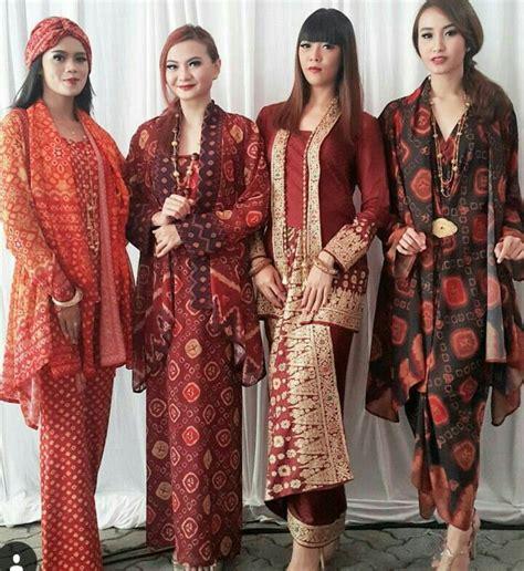 Batik Batu Raden Lengan Pendekk 580 best images about kebaya on traditional kebaya lace and kebaya