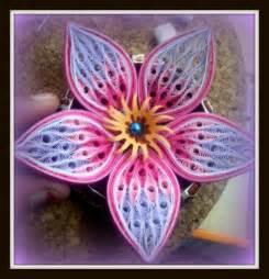 Flowers Tutorials - quilling me softly composite element flower petal tutorial