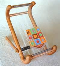 bead weaving on a bead loom from boomerang professional is
