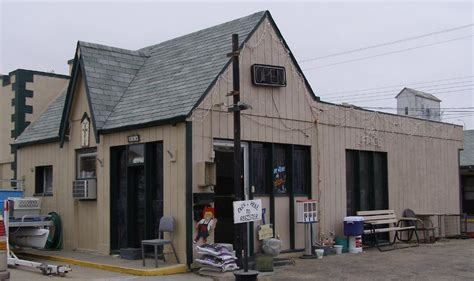 twizted needle tattoo north platte nebraska gas stations roadsidearchitecture com