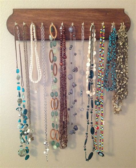 Handmade Jewelry Display Ideas - 1000 images about wooden jewelry on cats