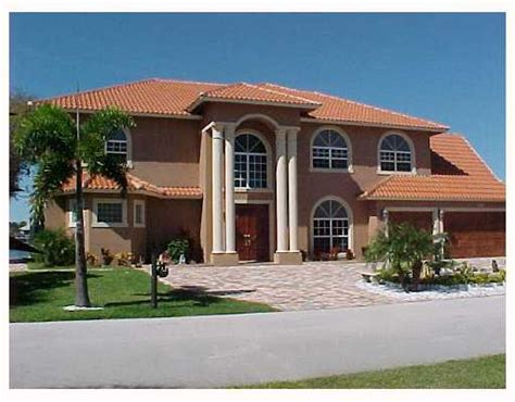 Queens Cove Homes For Sale In Hutchinson Island