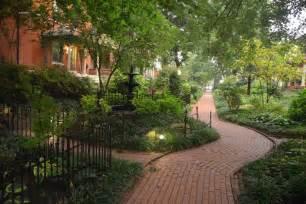 secret garden near central park houses for rent in