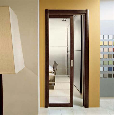 spazio porte porta scorrevole in legno di rovere e vetro trasparente