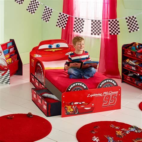 disney cars lightning mcqueen toddler bed disney cars lightning mcqueen mdf toddler bed with storage