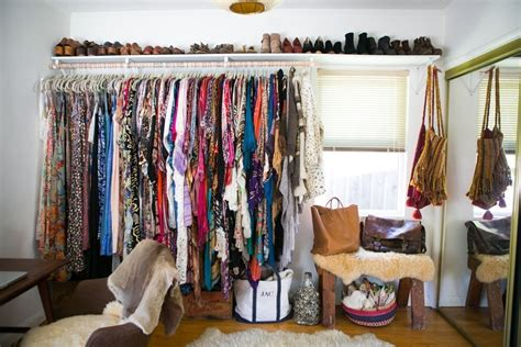 Closet Arrangement by 40 Tips For Organizing Your Closet Like A Pro