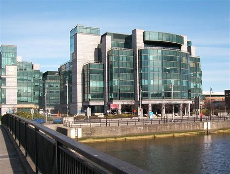 house financial services file the irish financial services centre on custom house quay geograph org uk