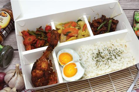 Paper Lunch Box L Lunch Box Kertas Kotak Kertas Food Container box bento paper 4 sekat food grade stock ready home