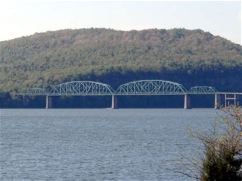 bridgehunter.com   marion memorial bridge