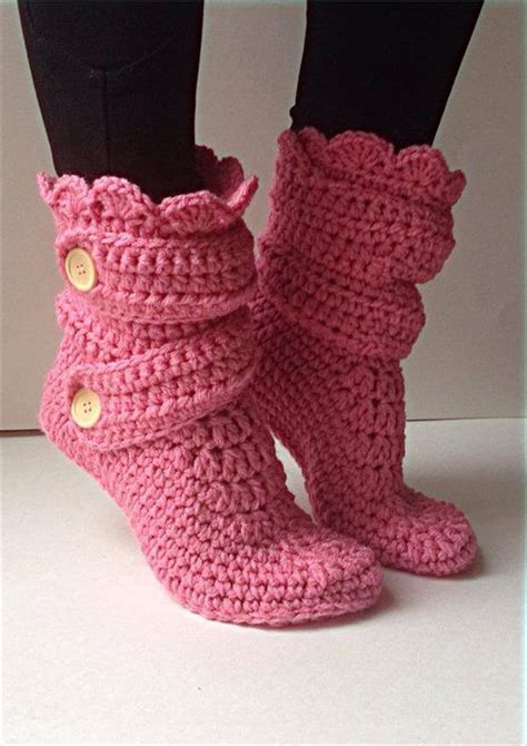 crochet slippers patterns 10 diy free patterns for crochet slipper boots 101 crochet