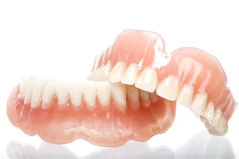 costo protesi mobile protesi fisse e mobili dentalworld clinica dentale ed