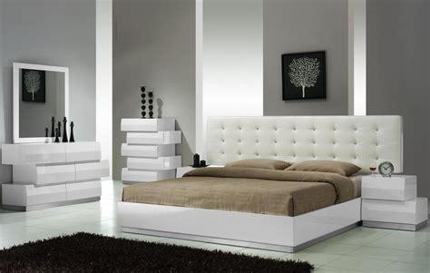 white lacquer bedroom set milan white lacquer platform bedroom set from j m 17687 q coleman furniture