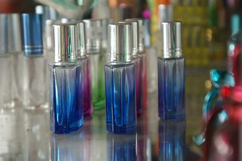 Daftar Parfum Isi Ulang bisnis plan toko parfum isi ulang