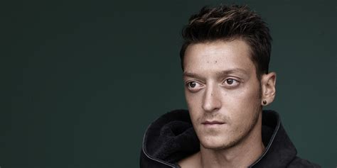 ozil 15 haircut from the side mesut ozil hairstyle name fade haircut