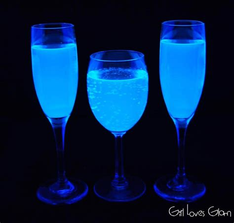 vodka tonic blacklight black light lemonade glam