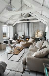 Decorating Living Room With Bay Window And Fireplace Vaulted Ceiling Decorating Ideas With Rustic Living Room