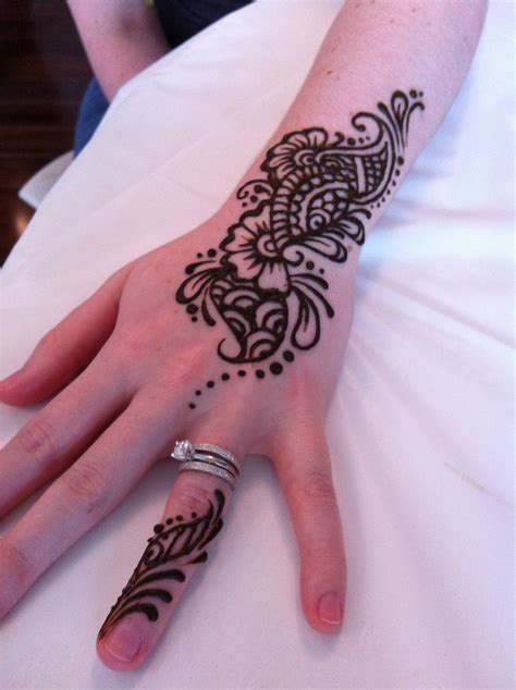 henna tattoo chicago henna tattoos chicago area painting henna
