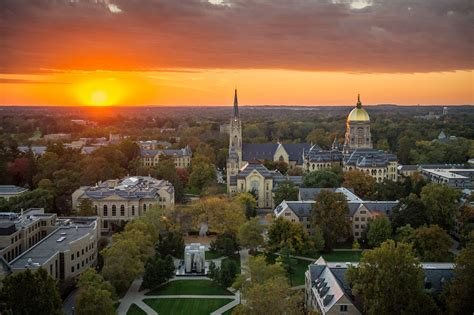 Notre Dame Mba Admissions Staff by The Reason Why Business Needs The Liberal Arts Mba