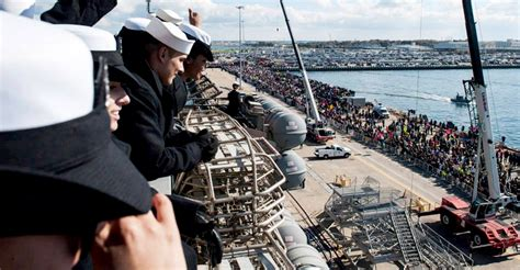 gw elze top in navy the best photos of the uss george h w bush s homecoming