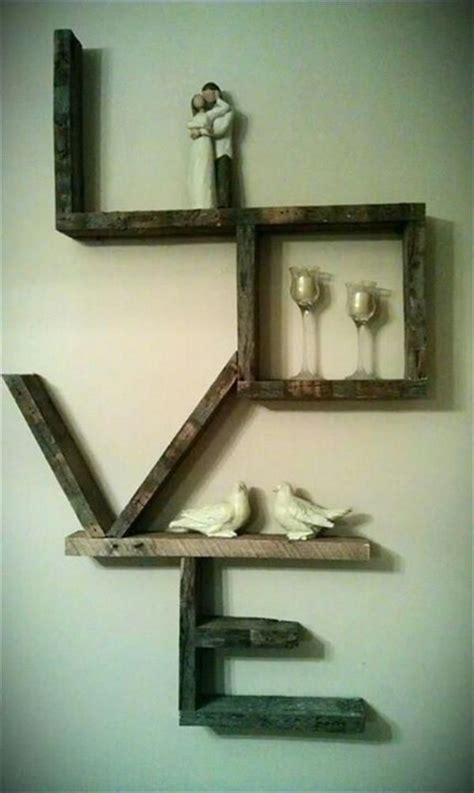 Diy Wood Home Decor by 13 Diy Pallet Projects Pallet Wood Furniture Diy And