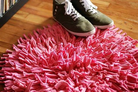 Diy T Shirt Rug by How To