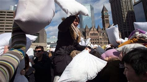 Pillow Fight Toronto by Subway Closure This Weekend But Events Greet April S