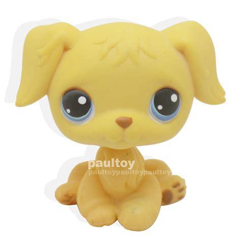 lps golden retriever ebay littlest pet shop puppy yellow golden retriever blue lps 21 ebay