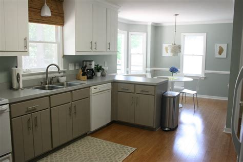 paint laminate kitchen cabinets choosing the best painting kitchen cabinets trellischicago