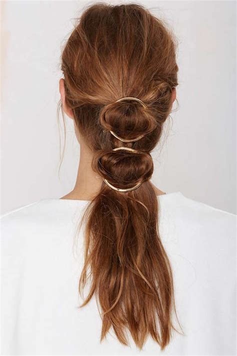 Hairclip Ponytail Ikat le fashion 15 ways to style your hair with a circle clip