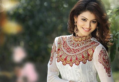 uttarakhand biography in hindi urvashi rautela credits modelling for bollywood career