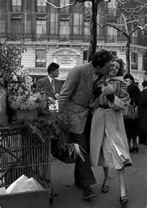 House Theme cartes postales les amoureux aux poireaux paris 1950