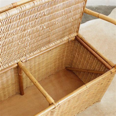 banc osier mobilier vintage banc coffre rotin atelier du petit parc