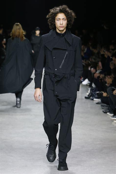 va fashion yohji yamamoto 3836538903 4 quot đầu t 224 u quot trong xu hướng thời trang urban techwear elle man