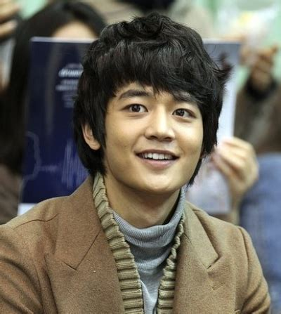 film tentang hacker jenius shinee minho makes his acting debut as a genius hacker