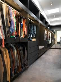 Closet Design Tips by 25 Interesting Design Ideas And Advantages Of Walk In Closets