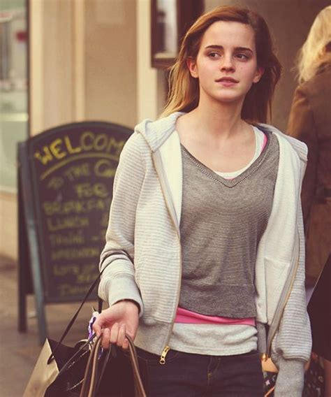 emma watson reading list image result for emma watson fansite pictures emma