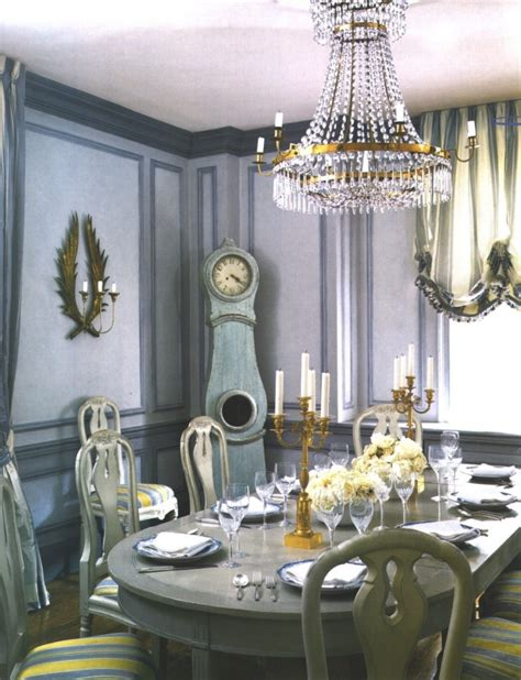 Contemporary Chandeliers for Classical Home Interior Touch Amaza Design