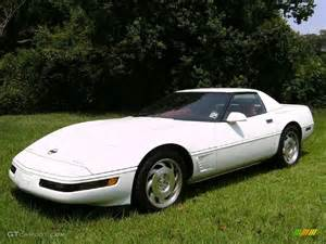 1995 arctic white chevrolet corvette convertible 13890900