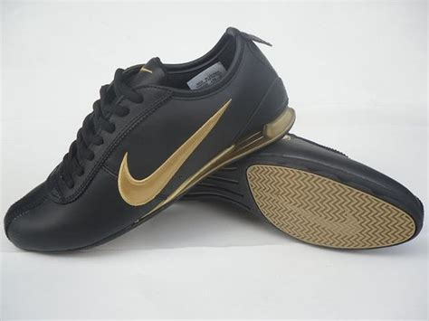 meuble à chaussures but 3923 nike shox rivalry moins cher