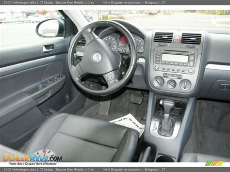 2006 Jetta Interior by Grey Interior 2006 Volkswagen Jetta 2 0t Sedan Photo 15